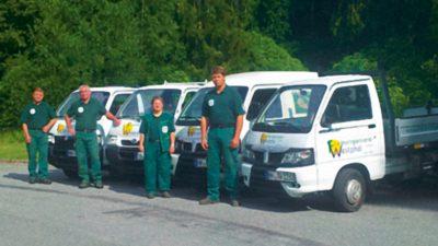 Das Team und Fahrzeugflotte der Friedhofsgärtnerei Westphal